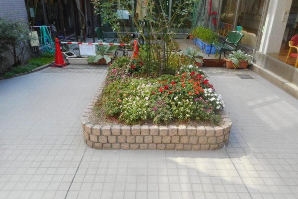新潟市西区 タイル貼り替え工事