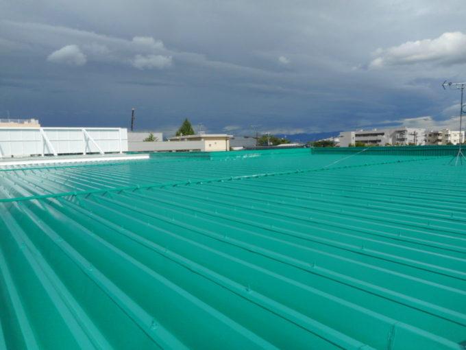 新潟市中央区 屋根折板塗装工事