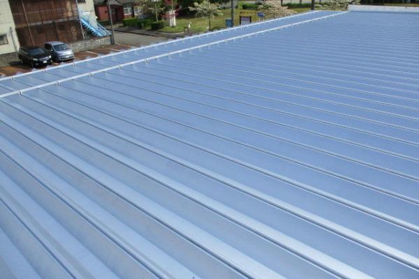 新潟県新発田市 折板屋根塗装工事