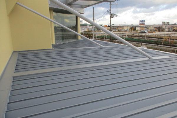 新潟市西区 玄関屋根改修工事